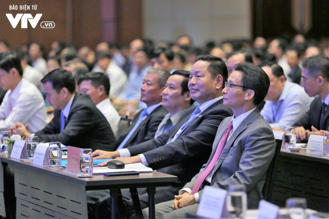 Mr Vu Duc Dam - Deputy Prime Minister joined Vietnam ICT Summit 2019 as honorary guest