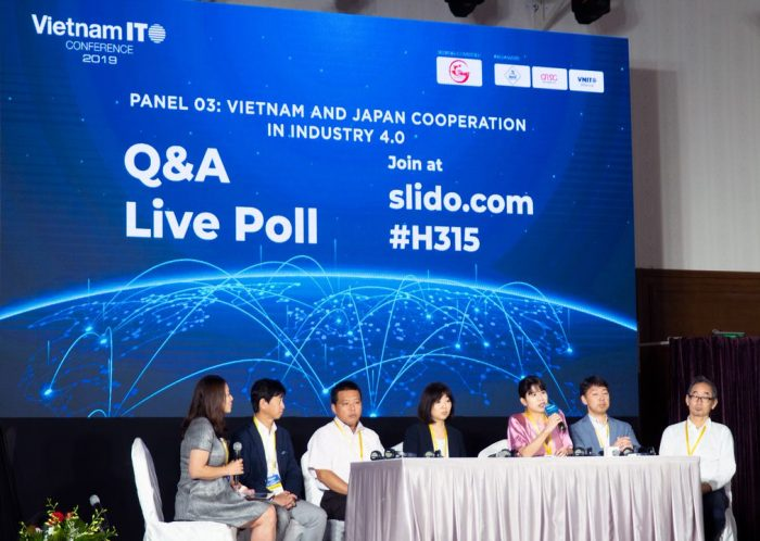 "Ms. Vicky Chan joined the panel ""Vietnam and Japan Cooperation in Industry 4.0"""